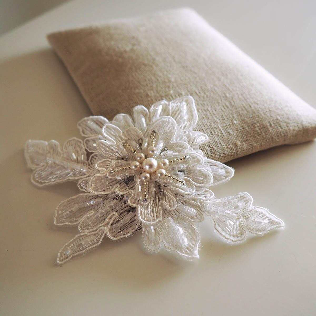 bijoux cheveux mariage paris phototh que cours de bijoux et enterrement vie jeune. Black Bedroom Furniture Sets. Home Design Ideas