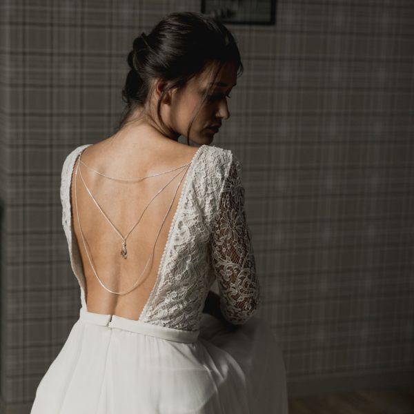 bijou de mariage avec goutte en cristal pour robe dos nu