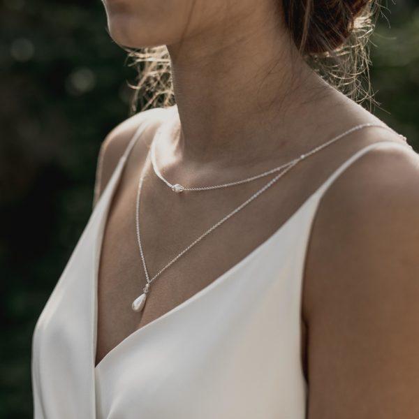 collier de mariage avec goutte en perle
