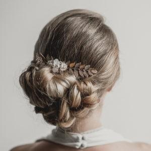 peigne de mariage style bohème avec feuilles et perles
