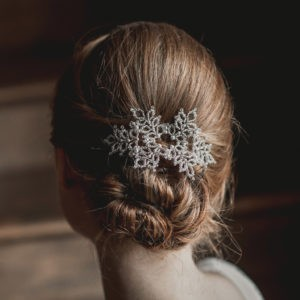 bijou pour coiffure de mariée en perle